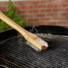 Kép 2/2 - Grill kefe bambusz nyéllel 46 cm - nemesacél sörtékkel