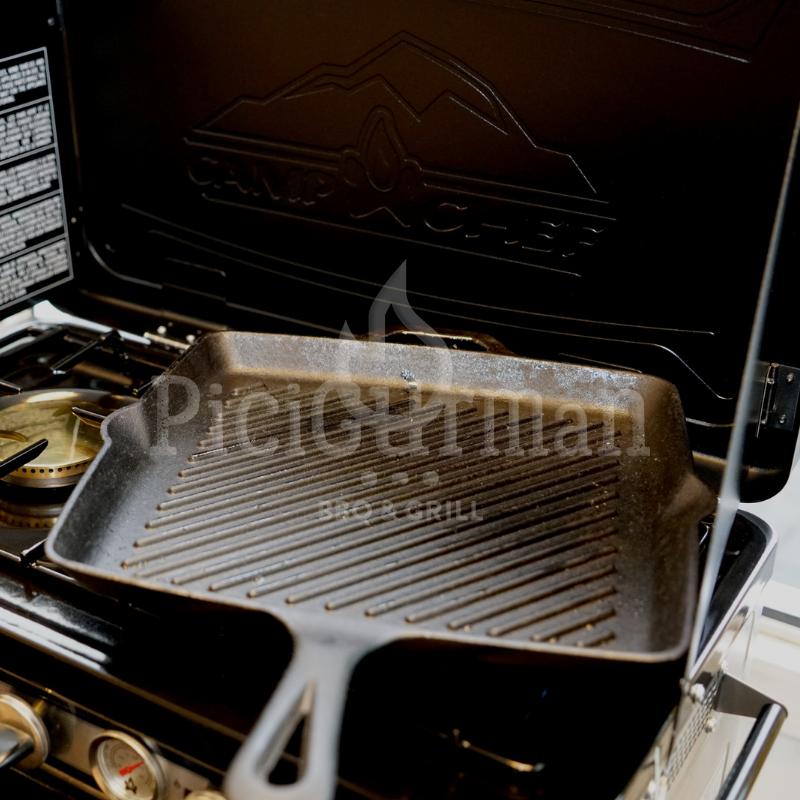 Camp Chef bordázott öntöttvas grill serpenyő