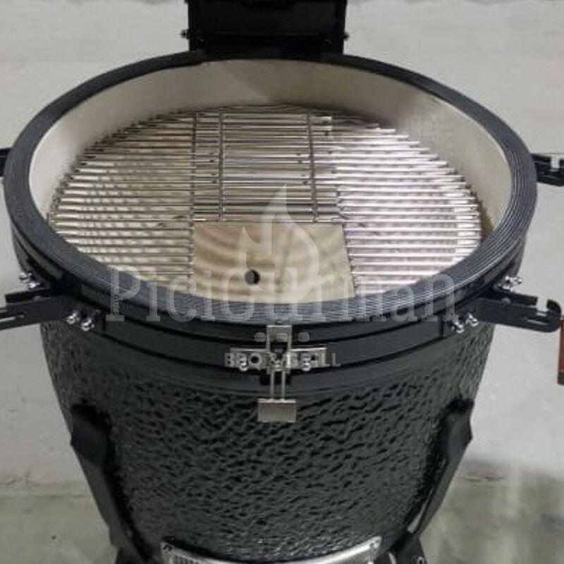 KAMADO4U GREATER PLUS D57 kerámia grill fekete állványos kivitel 2021 Model
